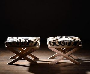 LODGE COLLECTION -  - Schemel In X Form