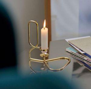 Hay - lup table - Kerzenständer