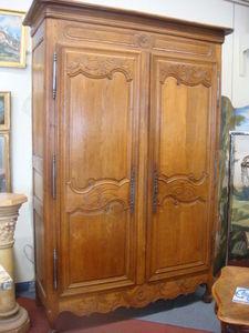 Antiquités Braga -  - Kleiderschrank