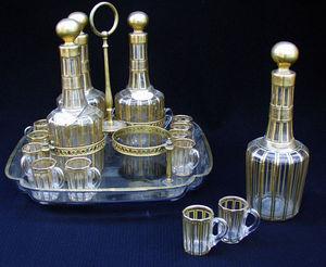 Antiquités Eric de Brégeot -  - Likörschrank