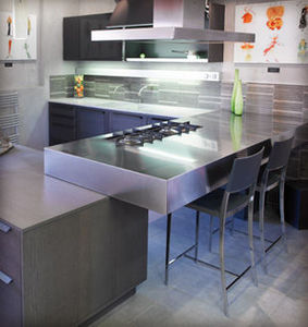 NIVAULT -  - Moderne Küche