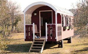 La Cabane Perchee -  - Holzwohnwagen