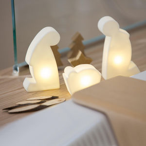 8 Seasons Design - shining holy family micro - 3 lampes à poser led b - Weihnachtsschmuck