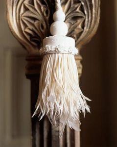 Spina - white russia wedgwood tieback - Raffhalter