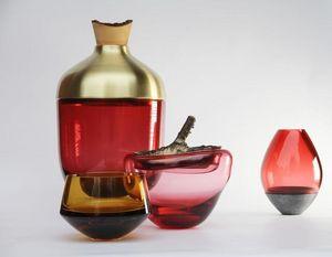 UTOPIA & UTILITY -  - Flasche
