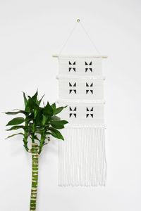 SIDAI DESIGNS - medium triangle wall hanging - Wandhaken