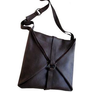 NADA - post - Handtasche
