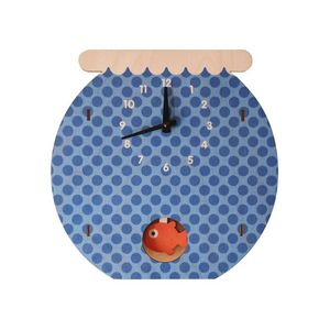 Modern Moose -  - Uhr Mit Einem Pendel
