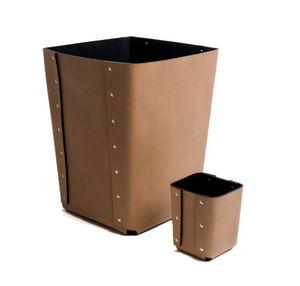 OSCAR MASCHERA - rivets - Papierkorb