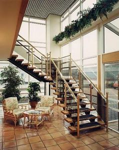 Safety Stairways -  - Viertelgewendelte Treppe