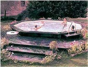 Se Corebat -  - Pool Mit Holzumrandung