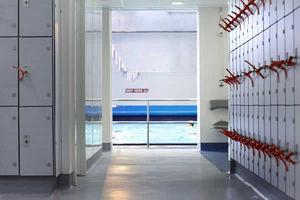 Altro Floors - altro whiterock white - Büro Garderobe