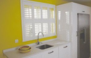 Solihull Blinds - interior shutters - Innen Jalousie