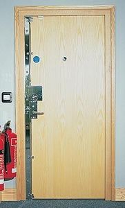 Safeguard Doors -  - Verstärkte Tür