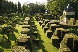 LES JARDINS DU MANOIR D'EYRIGNAC -  - Landschaftsgarten