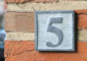 Signum Concept - smal - Hausnummerschild