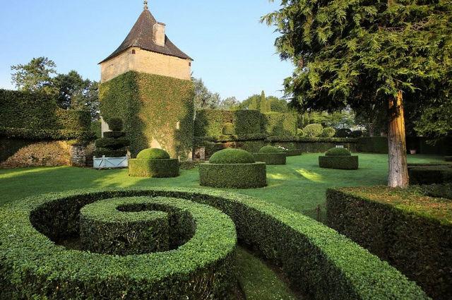 LES JARDINS DU MANOIR D'EYRIGNAC - Landschaftsgarten-LES JARDINS DU MANOIR D'EYRIGNAC