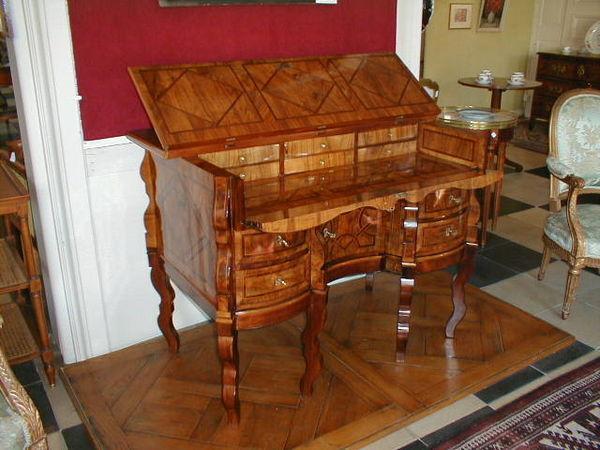 Antiquités NANINCK et LENGAIGNE - Französischer Schreibtisch mit Knieloch-Antiquités NANINCK et LENGAIGNE
