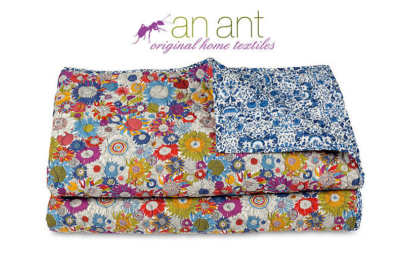 AN ANT Quilt Colchas & plaids Ropa de Casa  |