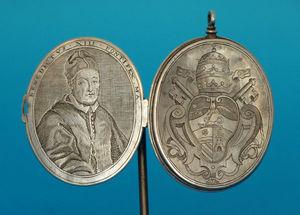 Dario Ghio Antiquites -  - Medallón