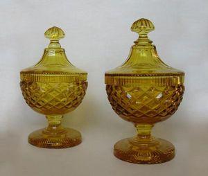 Bauermeister Antiquités - Expertise - paire de drageoirs - Bombonera