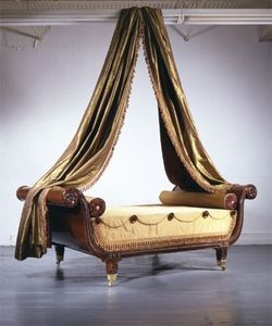CARSWELL RUSH BERLIN - rare and important carved mahogany sleigh bed - Cama De Descanso