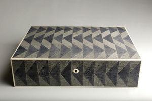 De Nacre Et D'orient - consequence - Caja Decorativa