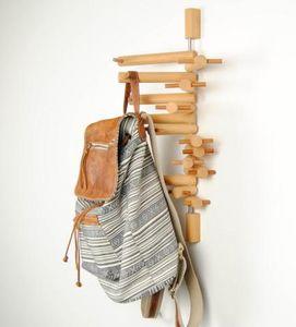 DESIGNOBJECT.it - 21 coat rack - Perchero