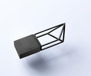 BEYOND OBJECT - empty memory- - Llave Usb