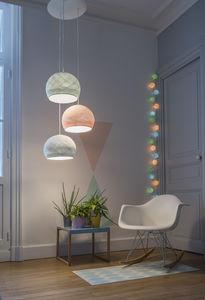 LA CASE DE COUSIN PAUL - décoration - Iluminación De Ambiente
