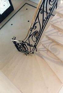 Decomarbre -  - Escalera Con Tramo Curvo