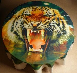 IMAGE CREATIONS - tenture murale ou nappe tigre  - Recubrimiento Textil
