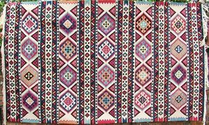 Red Rugs - high quality 80 count 2 ply wool rug - Alfombra Kilim