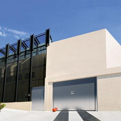 Silvelox - Puerta de garaje basculante-Silvelox-MET