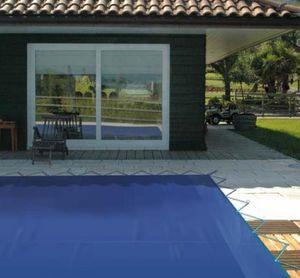 Copertura a barre per piscina