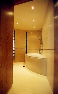 PATRICK LEGHIMA -  - Progetto Architettonico Per Interni Bagni