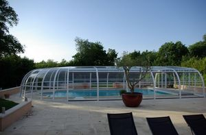 Abri piscine POOLABRI - relevable - Copertura Alta Indipendente Per Piscina