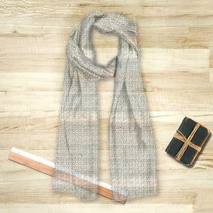 la Magie dans l'Image - foulard anis vert-de-gris blanc - Foulard Quadrato