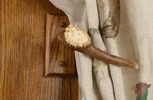 Clock House Furniture - curtain tie back - Nappa Per Tenda