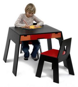 COLLECT FURNITURE - a table - Tavolino Bambino