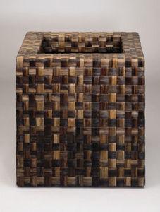 DESIGNER PLANTERS - woven banana fibre - Vaso Da Giardino