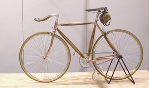 DOTS OBJECT -  - Cyclette